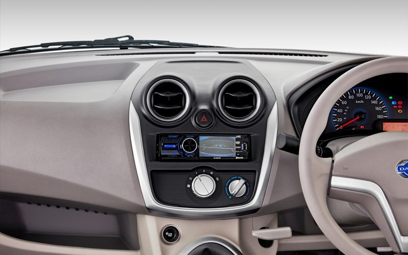 Head Unit with Camera Display
