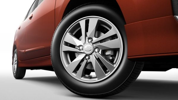 14-inch alloy wheels