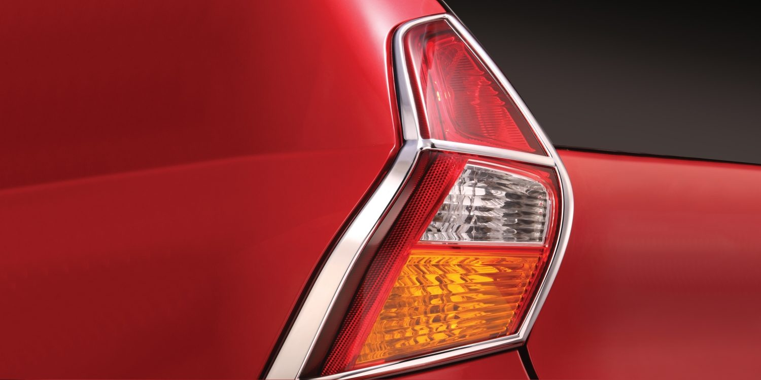 Tail Lamp Garnish