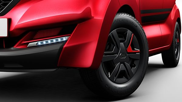 Black wheel – with Red Accent